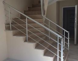 merdiven-korkuluk-sistemleri_9.jpg