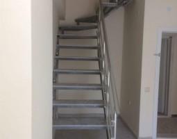 merdiven-korkuluk-sistemleri_10.jpg