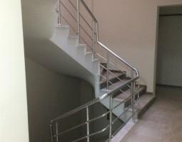 merdiven-korkuluk-sistemleri_5.jpg